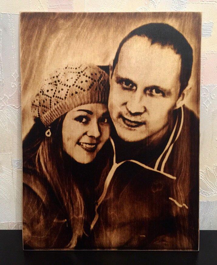 выжигание портретов по дереву на заказ в Томске